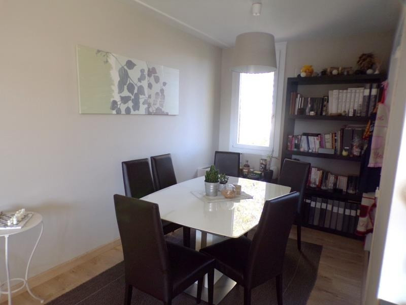 Revenda apartamento Montigny le bretonneux 279000€ - Fotografia 2