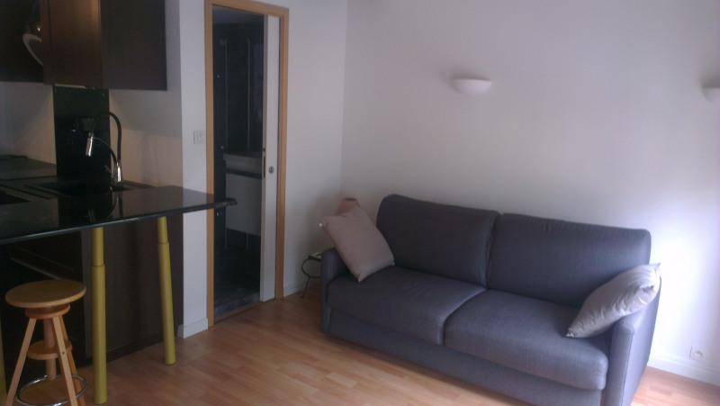 Rental apartment Paris 7ème 1100€ CC - Picture 3