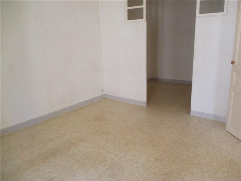 Rental apartment Salon de provence 463€ CC - Picture 2