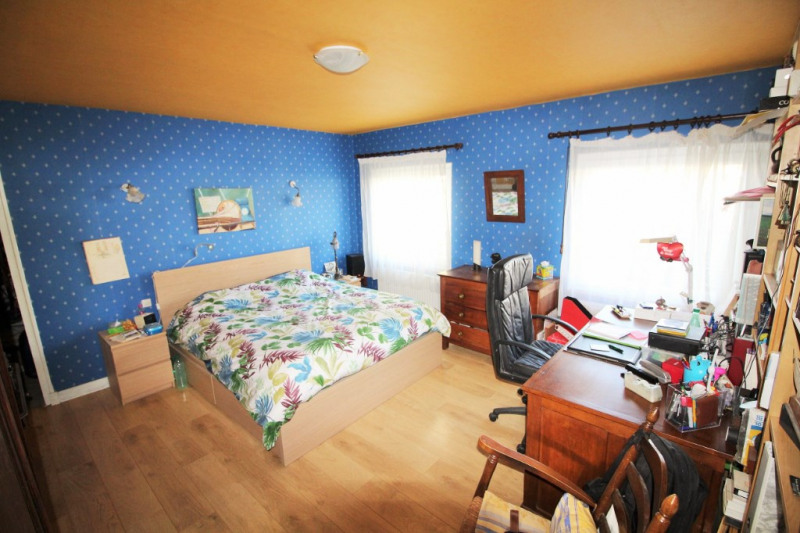 Sale house / villa Nanteuil les meaux 275000€ - Picture 5