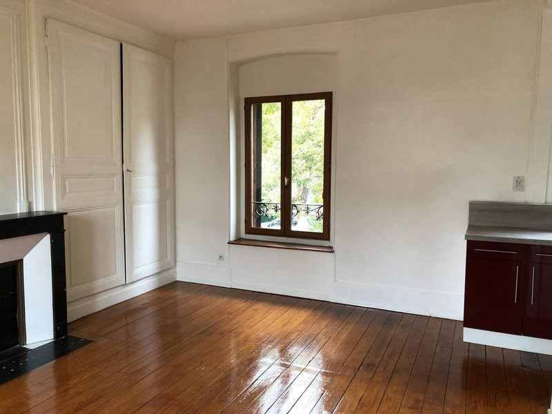 Location appartement Châlons-en-champagne 385€ CC - Photo 3