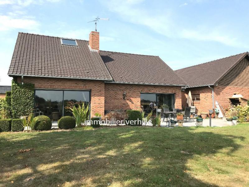 Deluxe sale house / villa Fromelles 690000€ - Picture 1