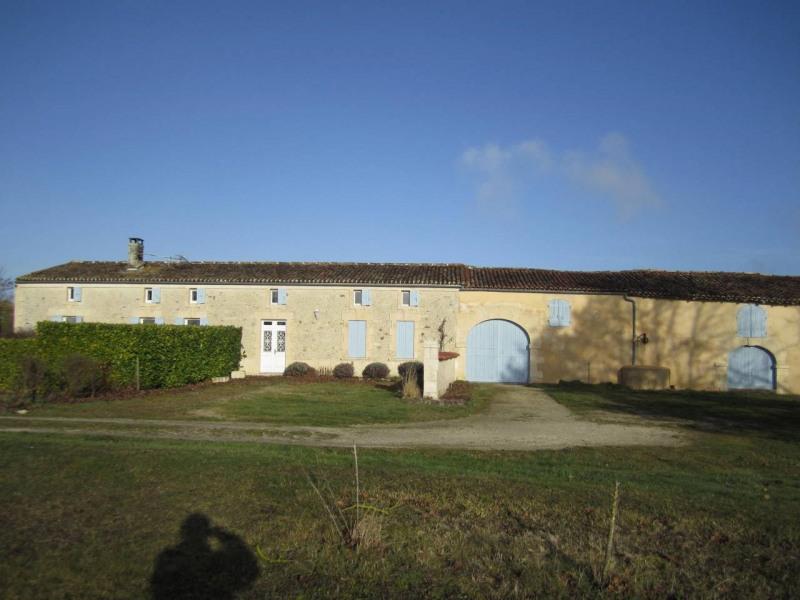 Vente maison / villa Barbezieux-saint-hilaire 275600€ - Photo 1