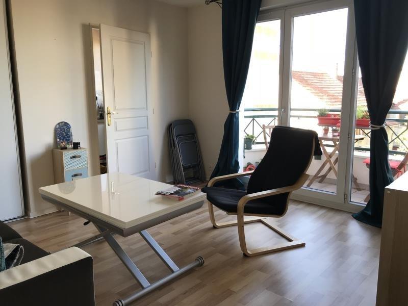 Location appartement Les clayes sous bois 710€ CC - Photo 2