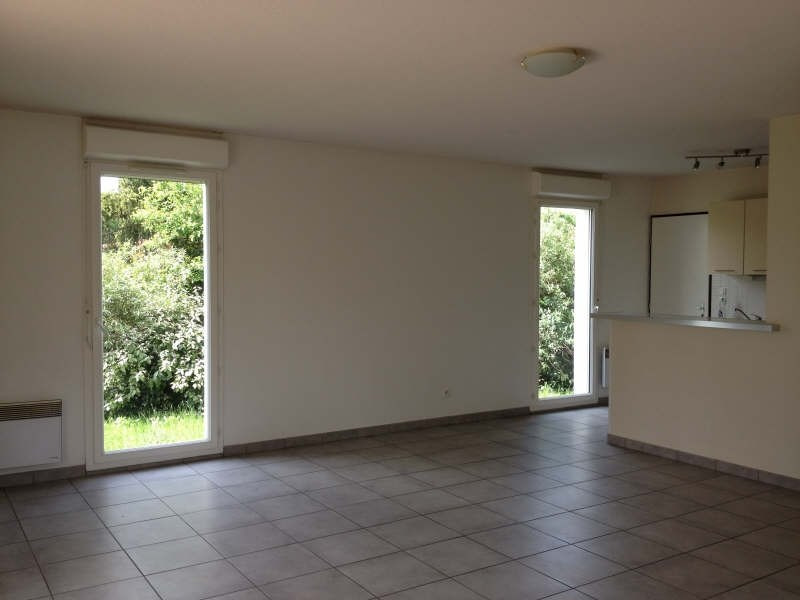Rental house / villa Gratentour 860€ CC - Picture 2