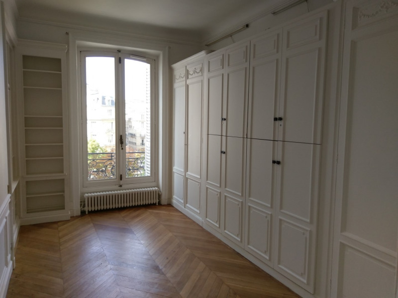 Location appartement Paris 8ème 3 966,80€ CC - Photo 6