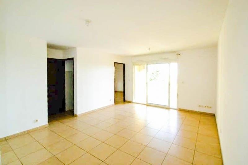 Sale apartment St pierre 174075€ - Picture 6