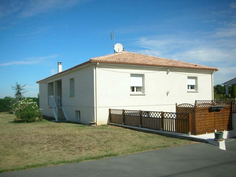 Vente maison / villa Le chay de saujon 399000€ - Photo 1