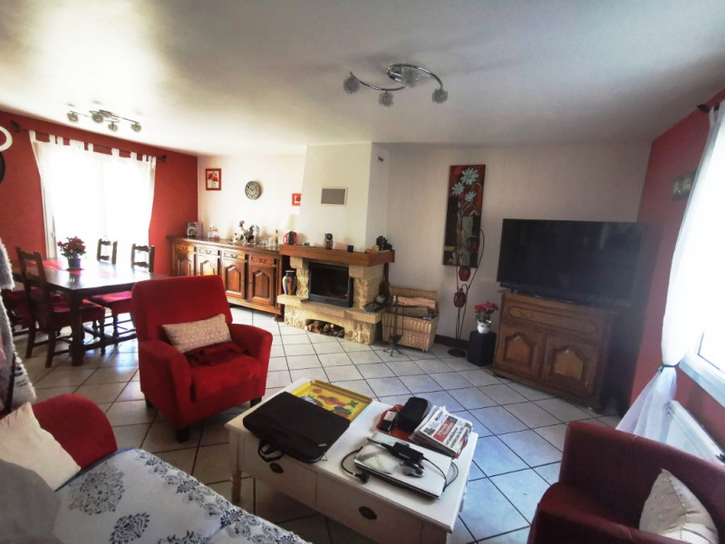 Maison sur sous-sol à Truyes - 3 chambres