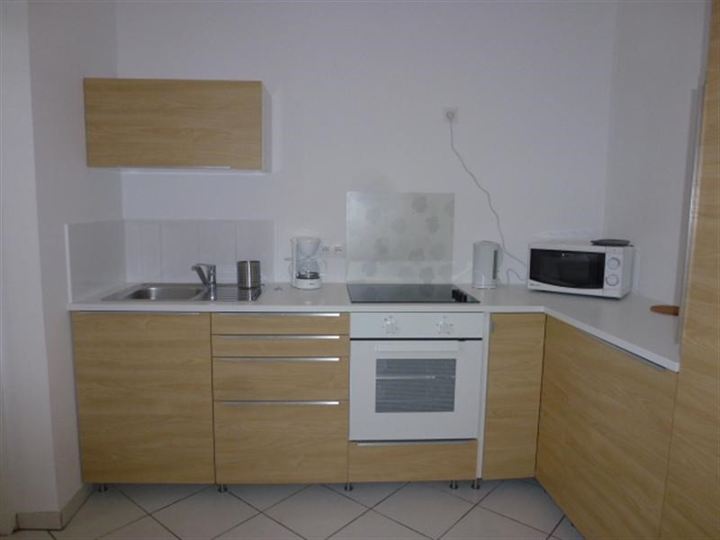 Location appartement Fontainebleau 835€ CC - Photo 2