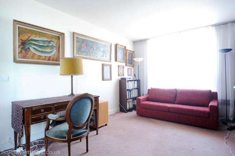 Rental apartment Paris 15ème 3300€ CC - Picture 2