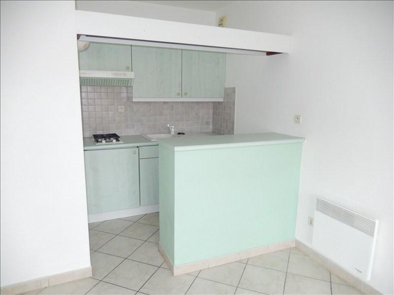 Rental apartment Le puy en velay 416,79€ CC - Picture 2