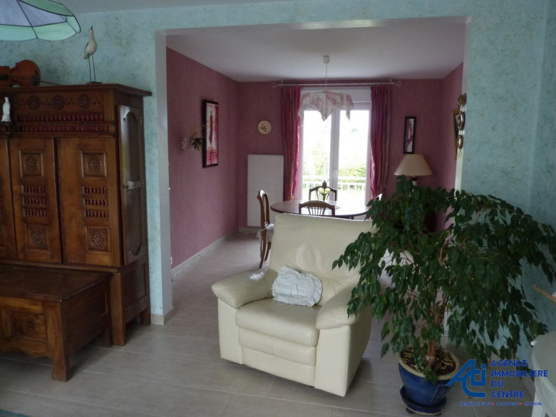 Vente maison / villa Noyal pontivy 199 000€ - Photo 4