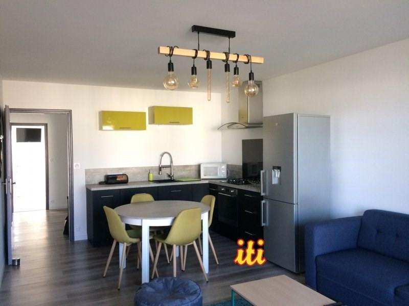 Sale apartment Les sables d'olonne 168000€ - Picture 1