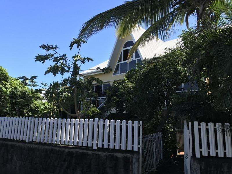 Sale house / villa Petite ile 378000€ - Picture 2