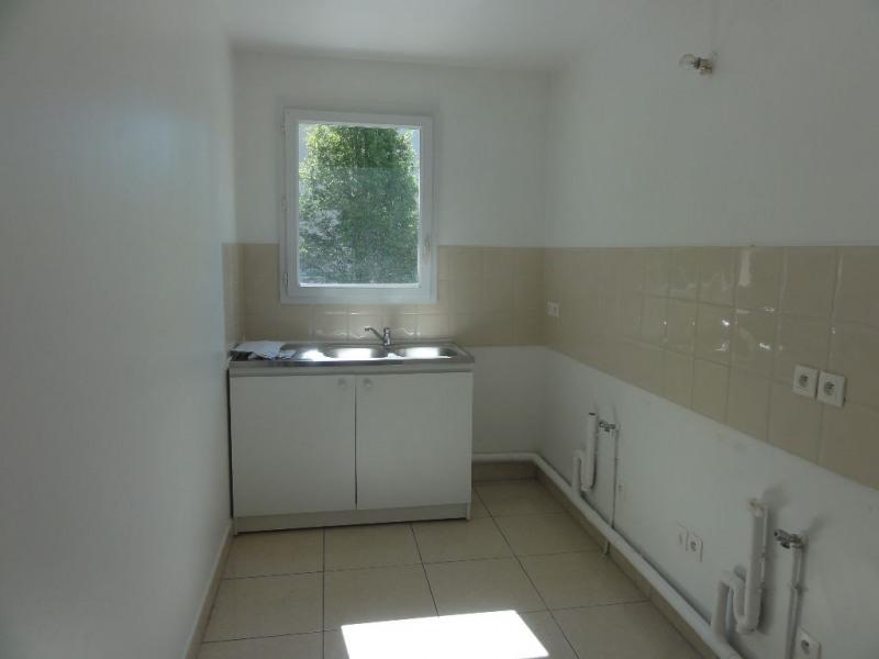Sale apartment Chatou 336773€ - Picture 5