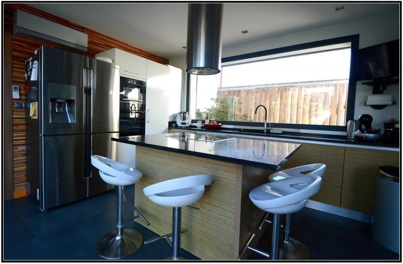 Sale house / villa Dompierre sur mer 550000€ - Picture 4