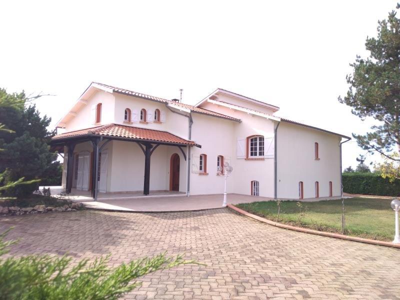 Sale house / villa Finhan 367500€ - Picture 1