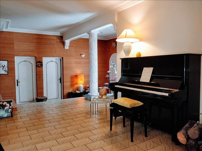 Deluxe sale house / villa Lattes 630000€ - Picture 2