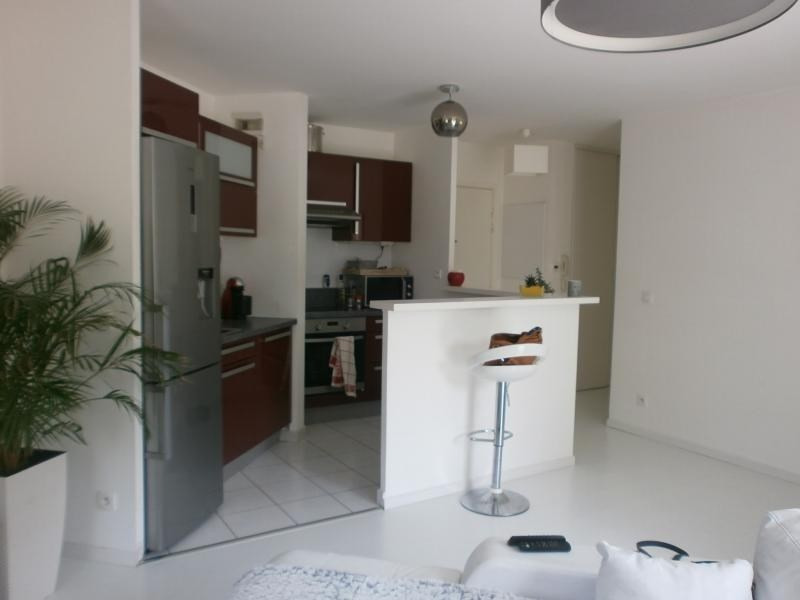Sale apartment Epone 200 000€ - Picture 2