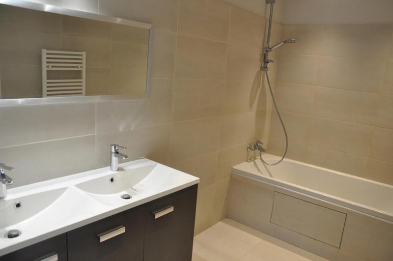 Deluxe sale house / villa Collonges-au-mont-d'or 890000€ - Picture 10