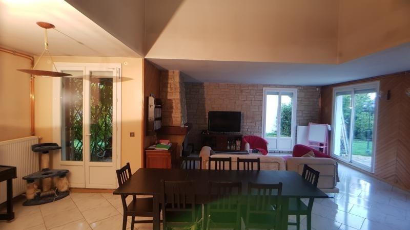 Sale house / villa La queue en brie 469500€ - Picture 3