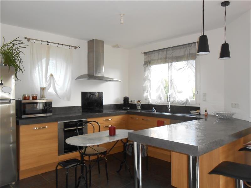 Sale house / villa Pluguffan 258795€ - Picture 3