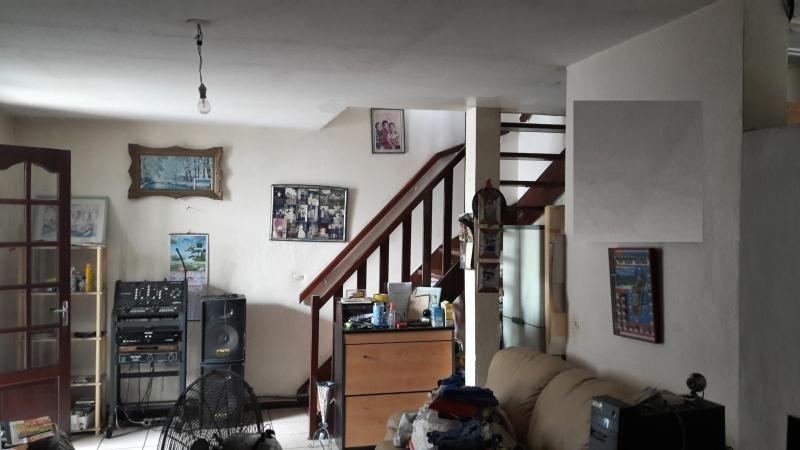 Sale house / villa Le port 152000€ - Picture 4