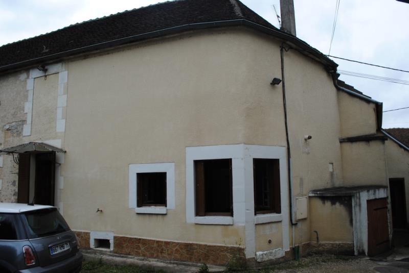 Location maison / villa Maligny 550€ CC - Photo 1