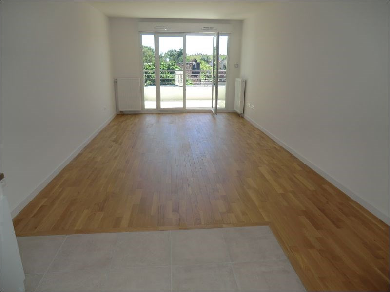 Rental apartment Chatenay malabry 1278€ CC - Picture 2
