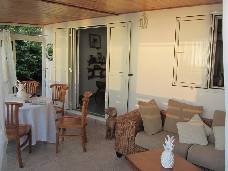 Vente maison / villa La chaloupe 240000€ - Photo 4