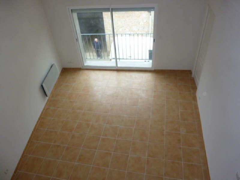 Verhuren  appartement Claira 553€ CC - Foto 2