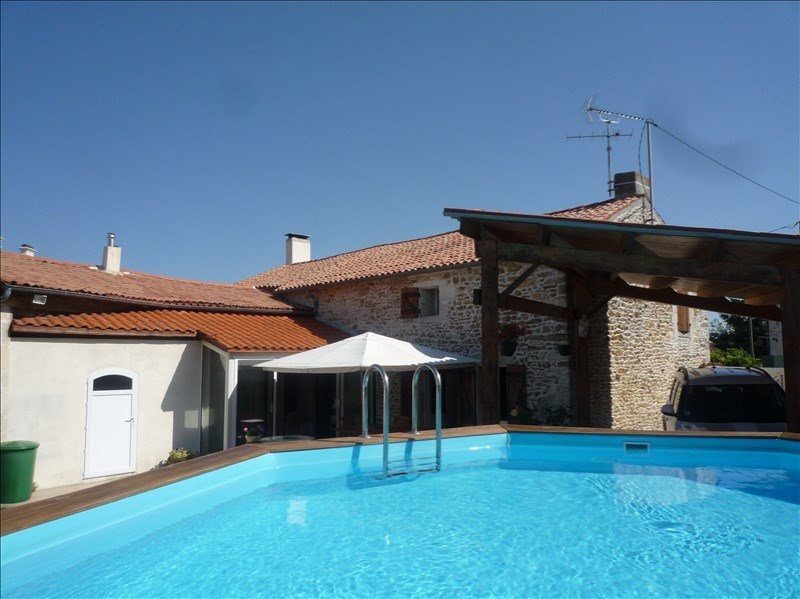 Sale house / villa Champdolent 212 000€ - Picture 1