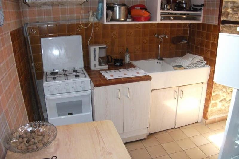 Sale house / villa Pont croix 89250€ - Picture 3