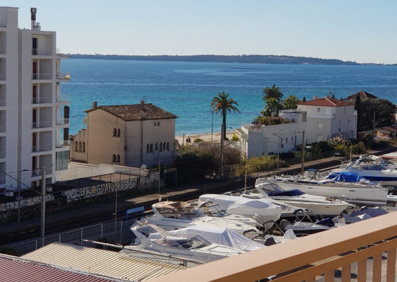 Rental apartment Le golfe juan 1 440€ CC - Picture 1