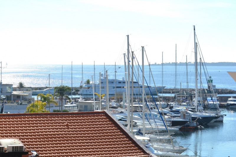 Vente appartement Golfe-juan 240 000€ - Photo 1