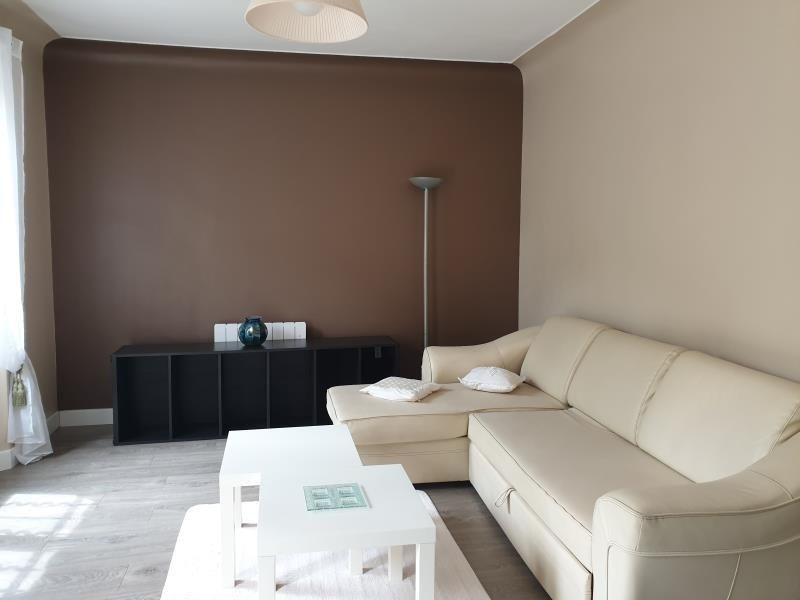 Rental house / villa Aix en provence 1000€ CC - Picture 2