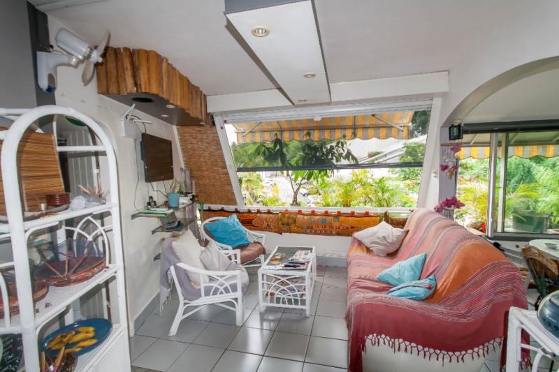 Investment property apartment Saint gilles les bains 235400€ - Picture 1