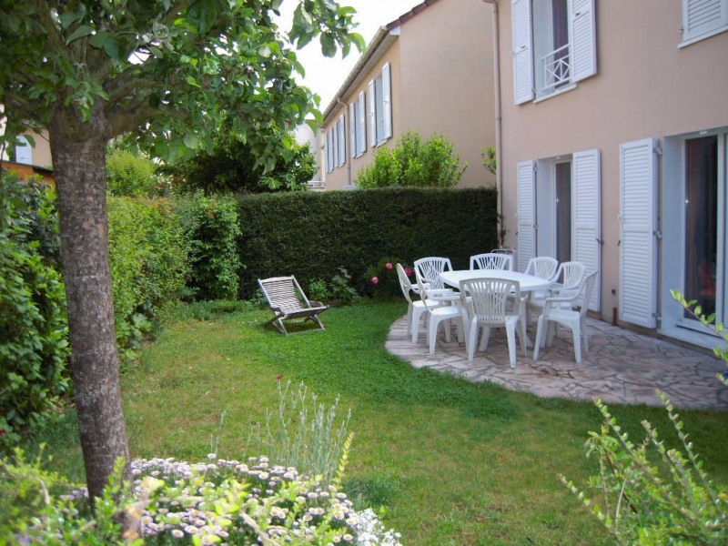 Location maison / villa Carrieres sous poissy 1 453€ CC - Photo 1