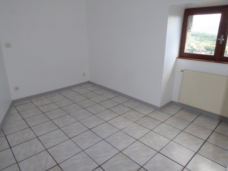 Location appartement Aubenas 485€ CC - Photo 8