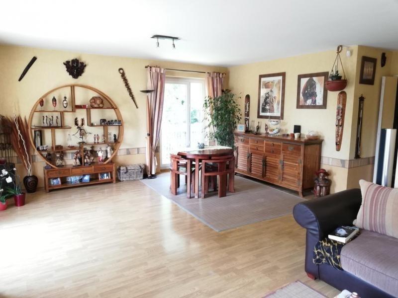 Sale apartment Elancourt 251000€ - Picture 3