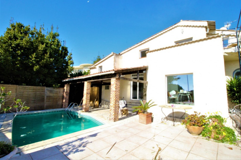 Deluxe sale house / villa Saint laurent du var 674 000€ - Picture 1