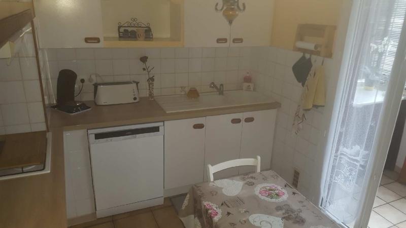 Sale apartment Marignane 121000€ - Picture 1