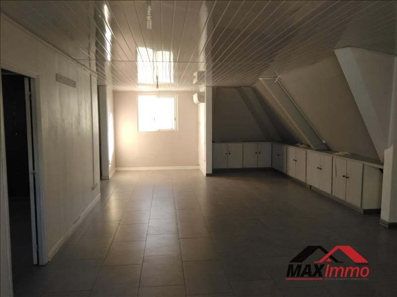 Location appartement St denis 1 382€ CC - Photo 4