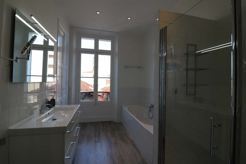 Deluxe sale apartment Cannes 650 000€ - Picture 4