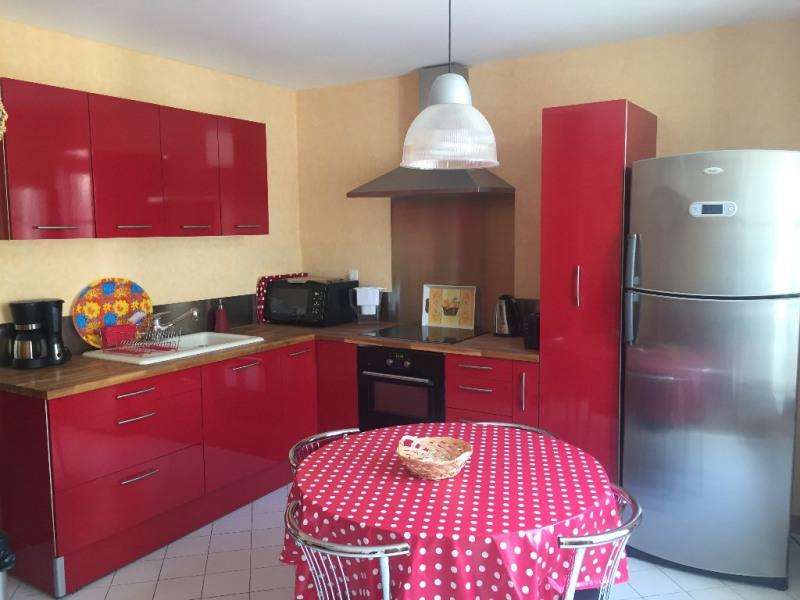 Rental apartment La rochelle 780€ CC - Picture 2