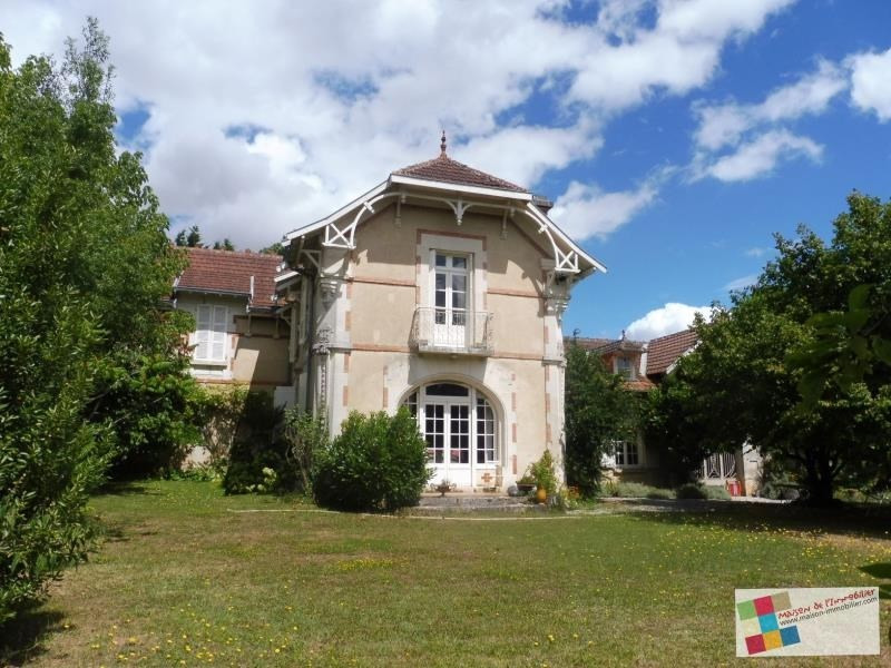 Deluxe sale house / villa Angeac-charente 477000€ - Picture 1