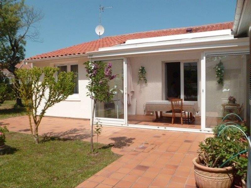 Vente maison / villa Le chateau d'oleron 329600€ - Photo 2
