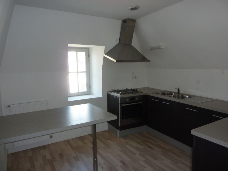 Rental apartment Pontivy 383€ CC - Picture 1