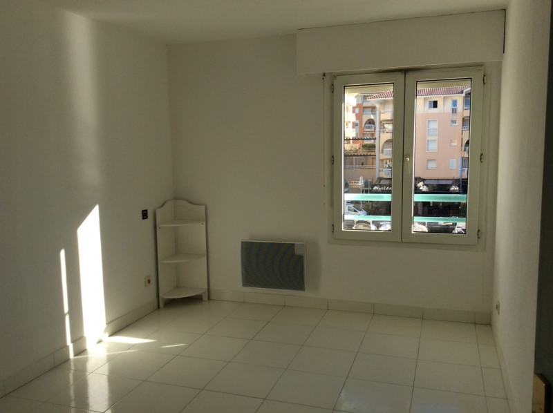 Rental apartment Fréjus 805€ CC - Picture 8